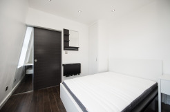 Studio Flat, Acton High Street W3