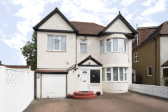 5 Bedroom Detached House, Hendon NW4