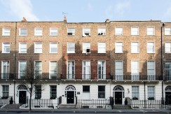 4 bedroom flat to rent in Gloucester Place, London W1U