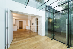 Amazing two bedroom flat in Hampstead Village to rent