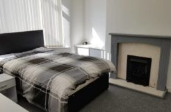 Recently renovated rooms to rent in Liveprool , L20