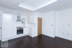 Newly refurbished one-bedroom flat in the heart of North Finchley N12