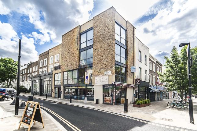 Lovely two bedroom flat to rent on Caledonian Road, N1
