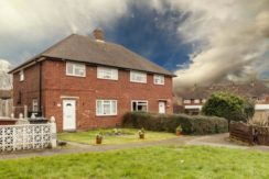 Lovely Three Bedroom House for sale on Spring Close, WD6