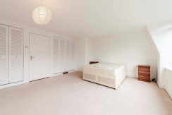 Room To Rent in Hendon Holders Hill Rd NW4