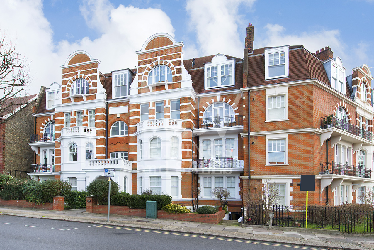 2 Bedroom Flat Exeter Mansions, NW2