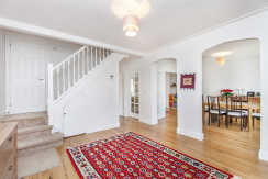5 Bedroom In Edgware