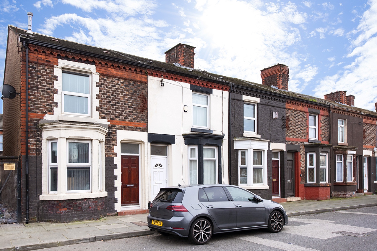 Lev Properties are proud to present this 4 rooms shared accommodation to rent in a 4 bedroom house in L4, Liverpool.
